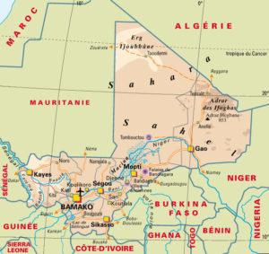 Un simple coup d'œil sur une carte du Mali permet de comprendre le caractère vital de la nationale 6 et de la ville de Mopti.