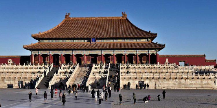 La Cina dominerà il mondo. Intervista con il generale Qiao Liang